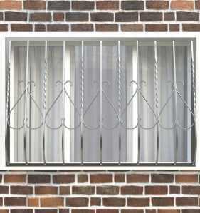 Фото 20 - Дутая решетка на окна ДТ0005.