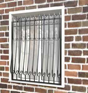 Фото 58 - Дутая решетка на окна ДТ0029.