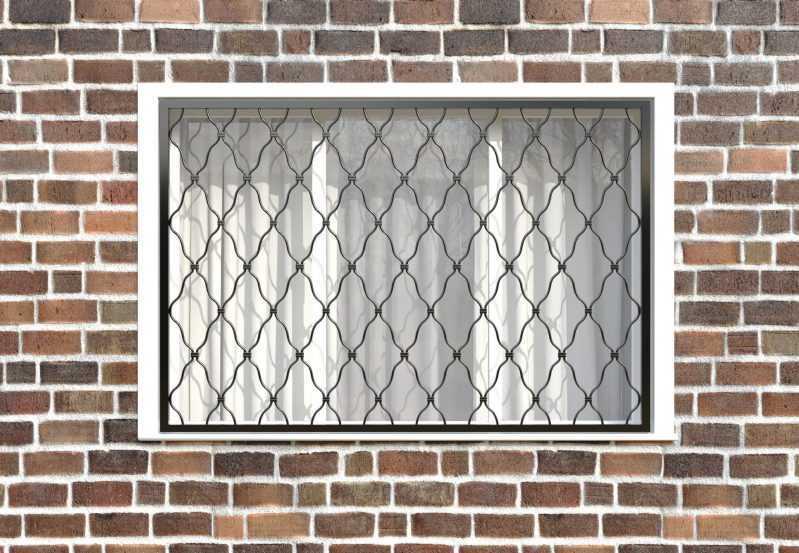 Фото 1 - Кованая решетка на окно КР-0019.