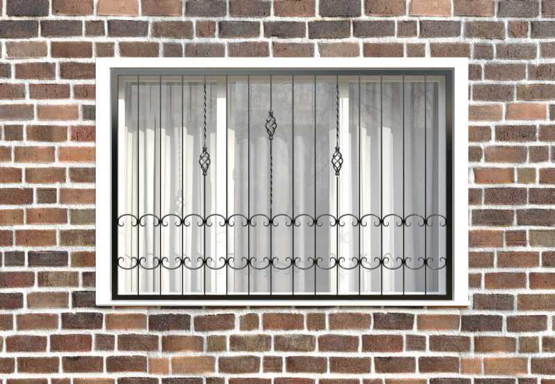 Фото 1 - Кованая решетка на окно КР-0026.
