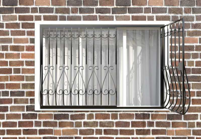 Фото 2 - Кованая решетка на окно КР-002.