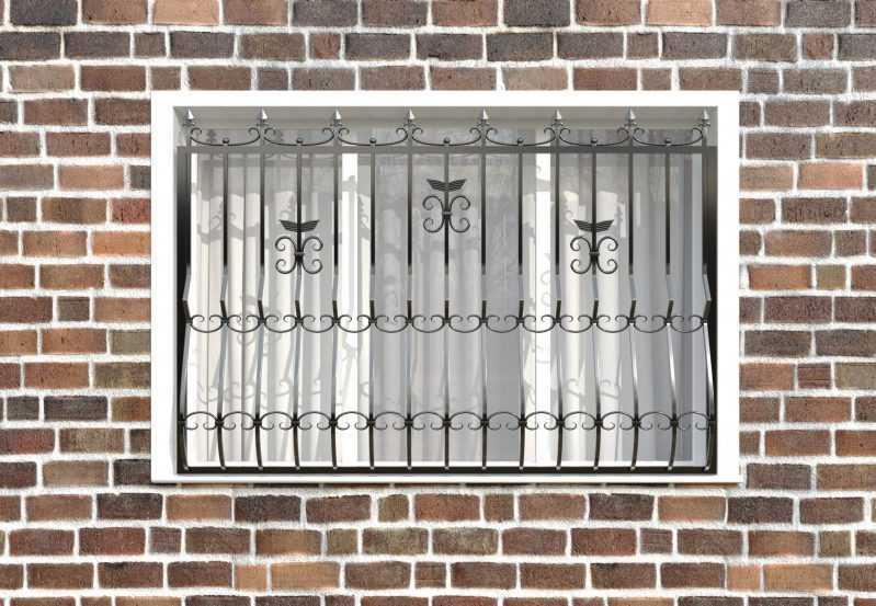 Фото 1 - Кованая решетка на окно КР-005.
