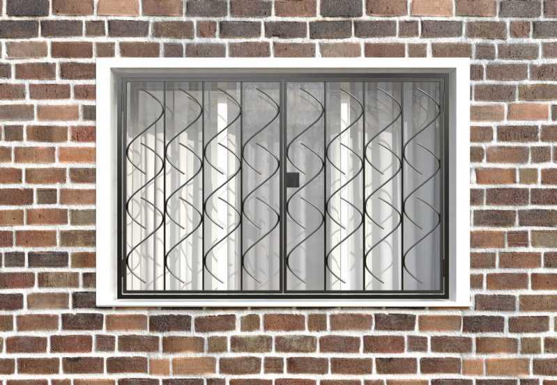 Фото 1 - Распашная решетка на окно РР-0017.