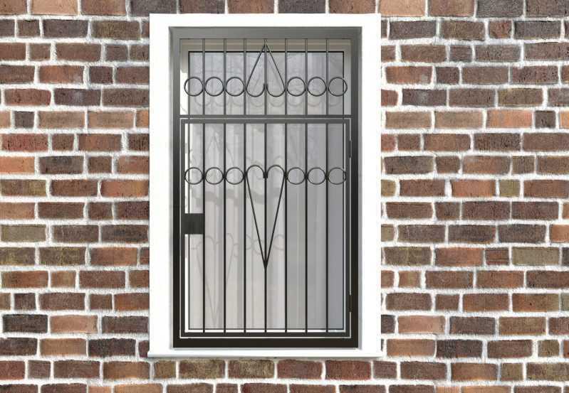 Фото 1 - Распашная решетка на окно РР-0008.