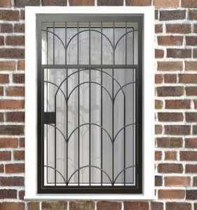 Фото 21 - Распашная решетка на окно РР-0033.