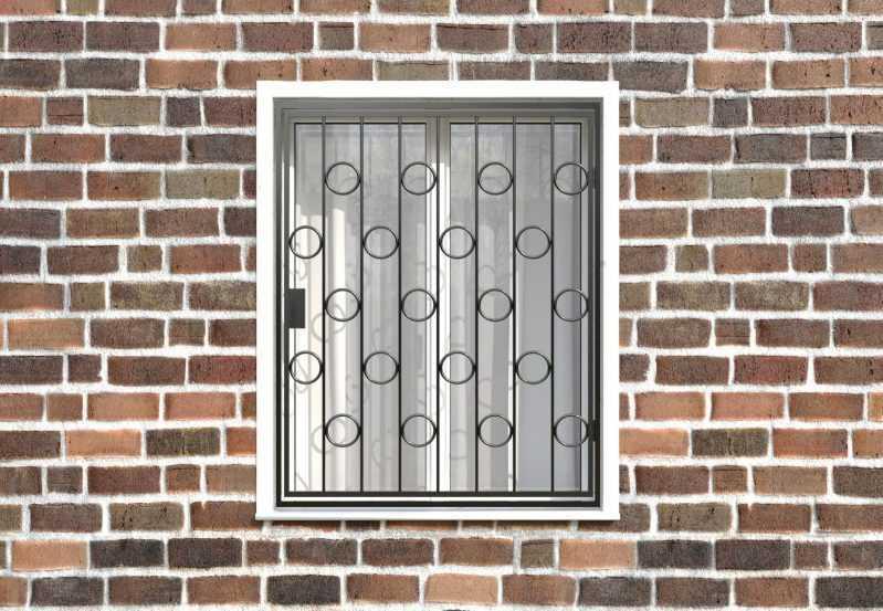 Фото 1 - Распашная решетка на окно РР-0005.