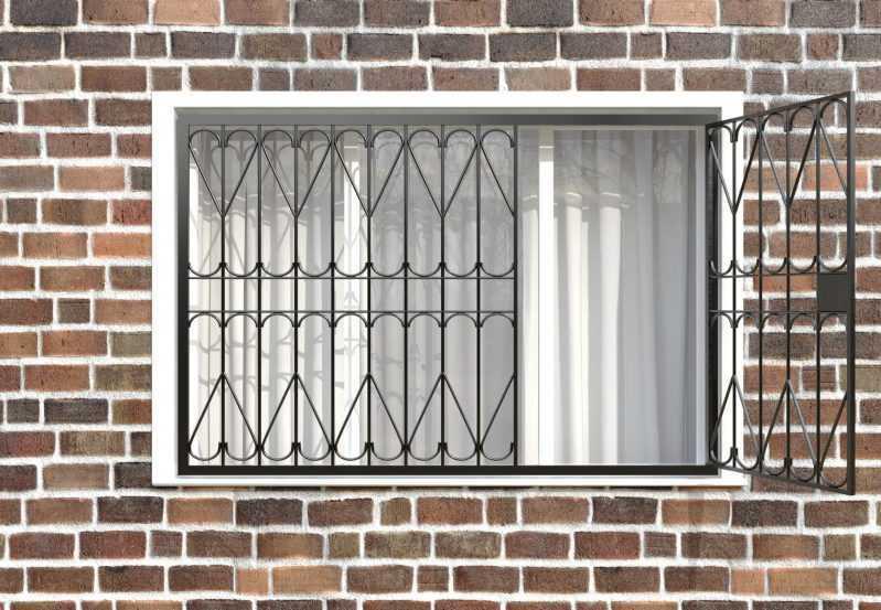 Фото 2 - Распашная решетка на окно РР-0026.