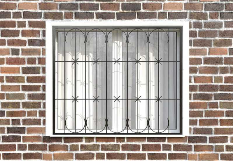 Фото 1 - Сварная решетка на окно РС0012.
