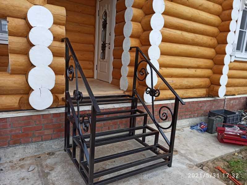 Фото 5 - Перила для лестниц П-006.