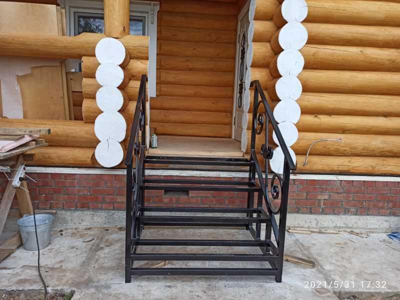Фото 4 - Перила для лестниц П-006.