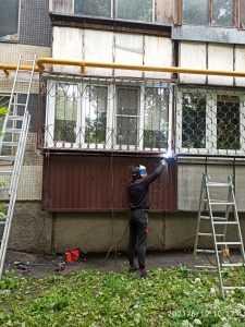 Установка решетки на лоджию ул Сталеваров