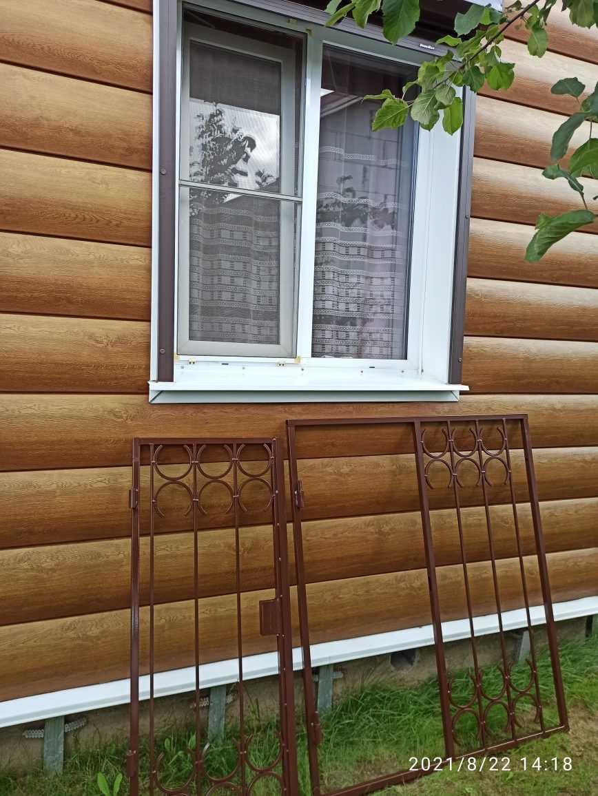 Установка решёток на окна с открываниями Фото 3