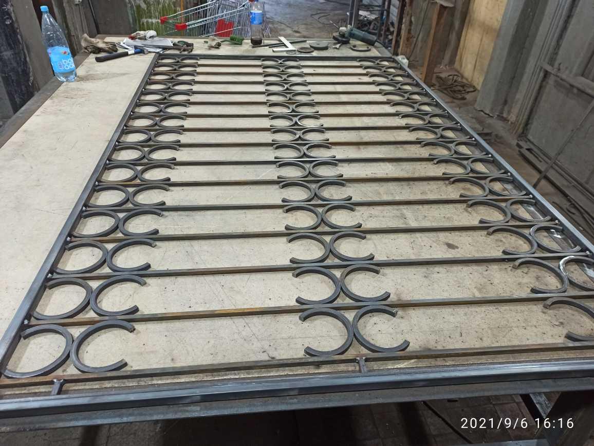 Производство решеток на окна Фото 5